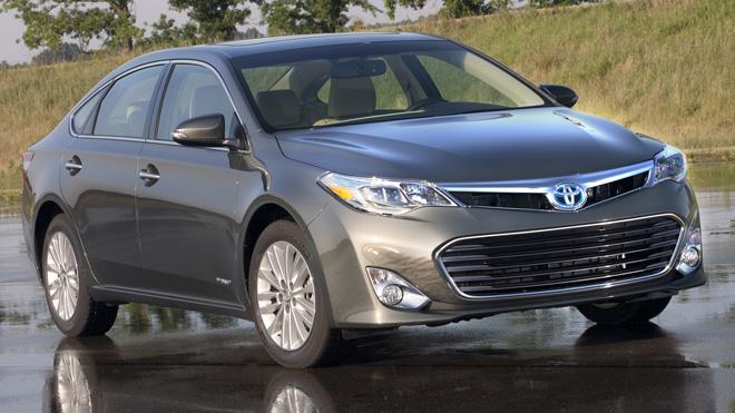 Toyota Avalon Hybrid 2013